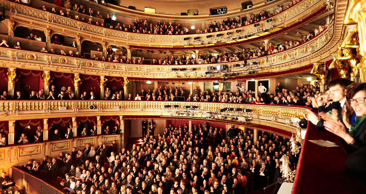 Her Majesty's Theatre is Running The Houseful Shows